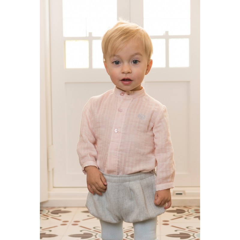 camisa i pantalon corto