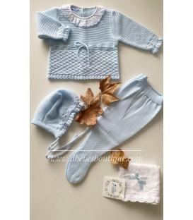 conjunto lana tres piezas detalle cuello